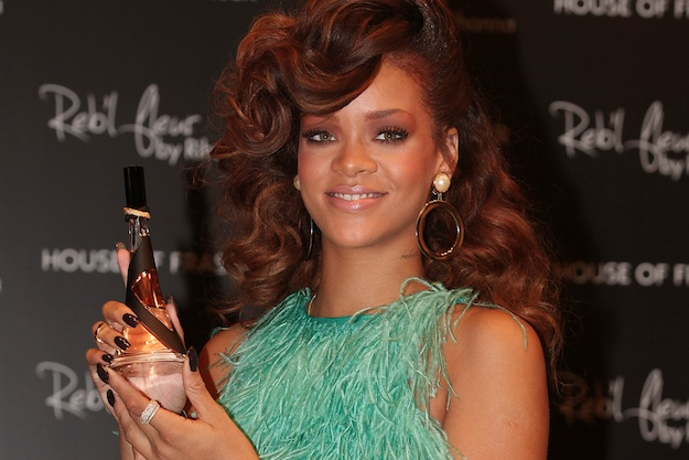 Rihanna 39s new perfume Reb 39l Fleur is named after a childhood nickname her