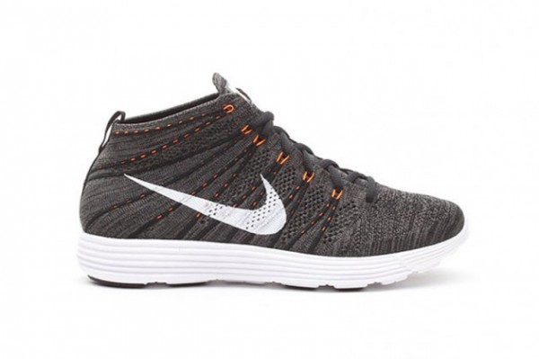 nike-lunar-flyknit-chukka-midnight-fog-total-orange-new-images-2