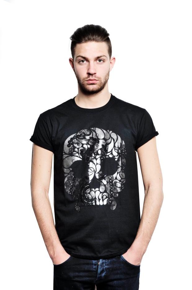 VA-paisley skull black